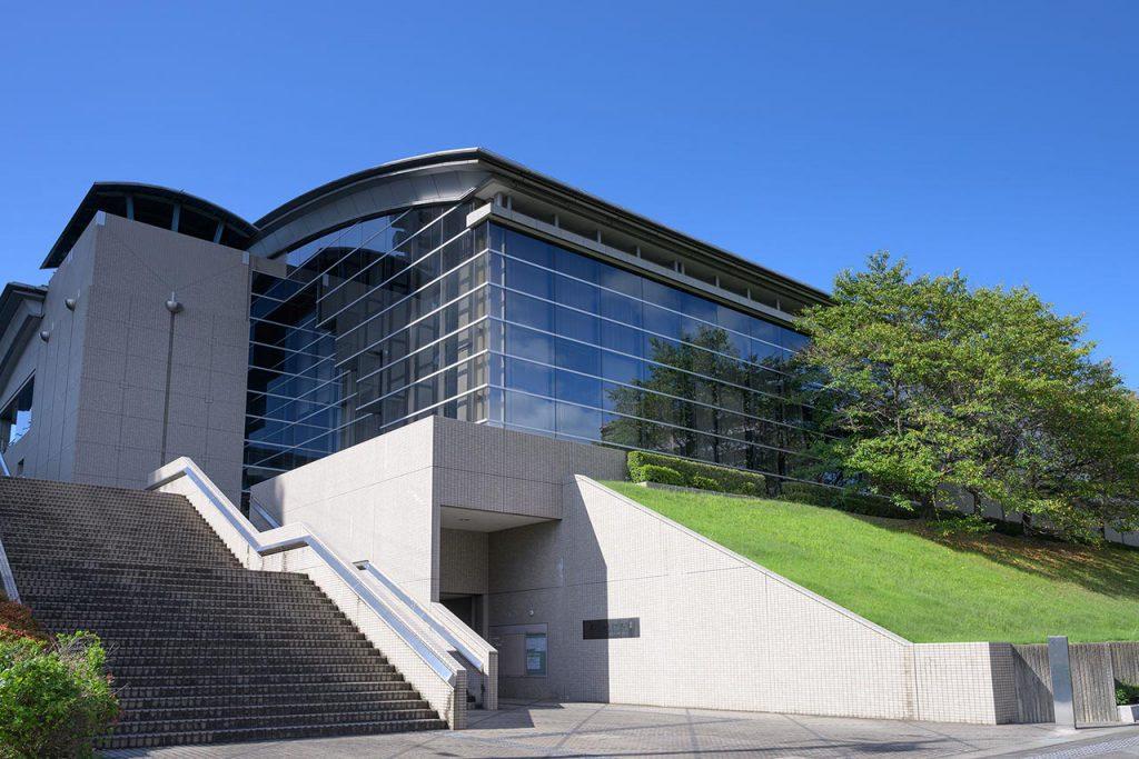 東広島市立中央図書館外観写真