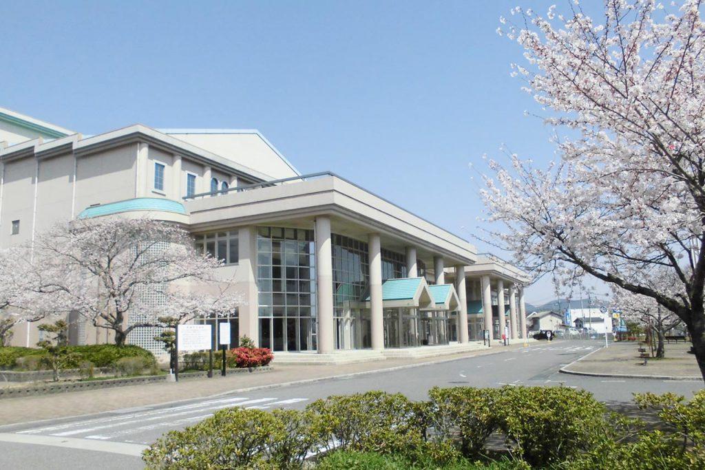 東広島市立黒瀬図書館外観写真